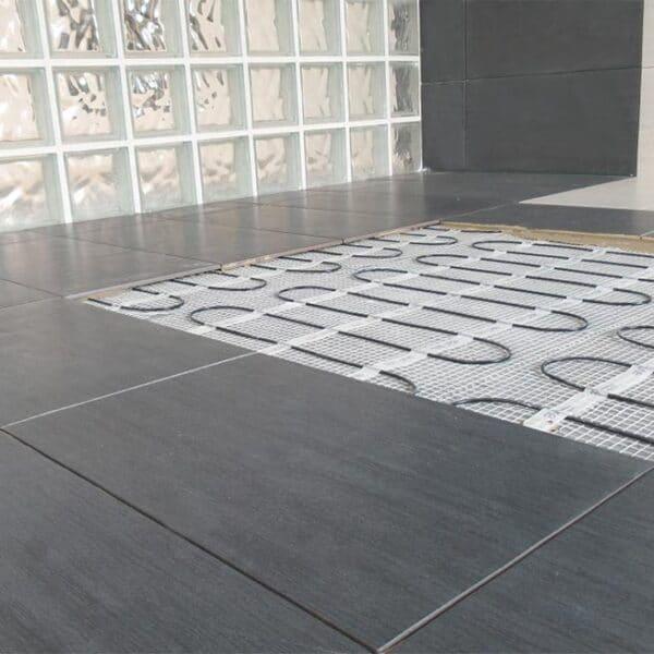 padlófűtés templomban